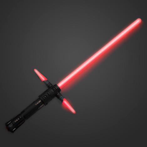 Test : le sabre laser de Kylo Ren